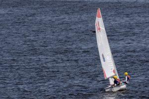 koch-sailors-calm